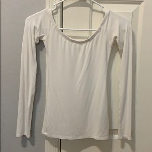 This is a off the shoulder tight long sleeve shirt